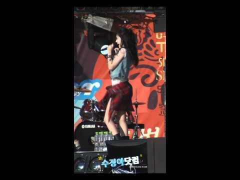 [Fancam] Krystal - Tik Tok At SM TOWN LIVE '10 [2010.08.21]