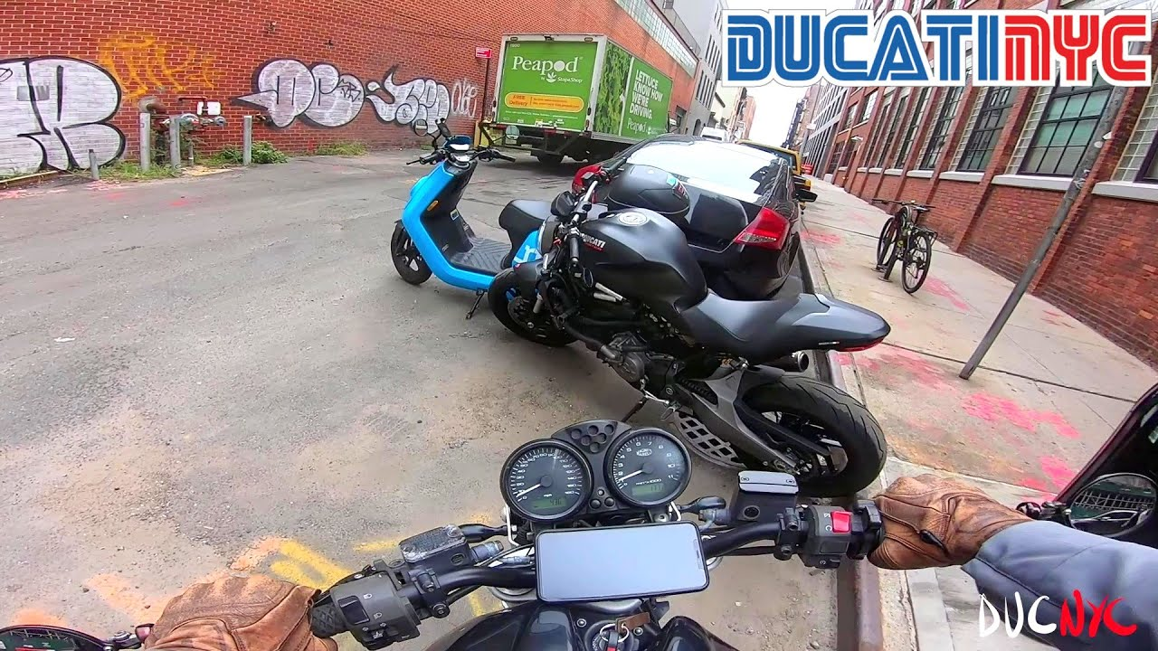 Advice for NEW Motorcycle riders + My Mile Range | GAS TANK QUESTIONS | Ducati NYC Vlog v1324