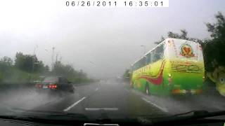 Rain fail to see - Car Crashes On Highway