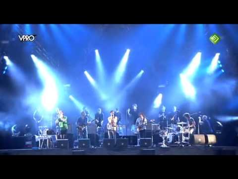 Moss - I Apologise (Dear Simon) (Live op Lowlands 2010)