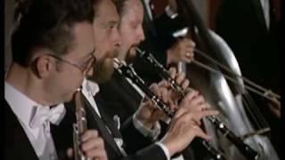 Mozart - Sinfonía 40 - Menuetto(3/4) - Karl Böhm - Filarmónica de Viena