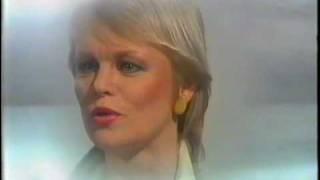 Katri Helena - Unten erämaa
