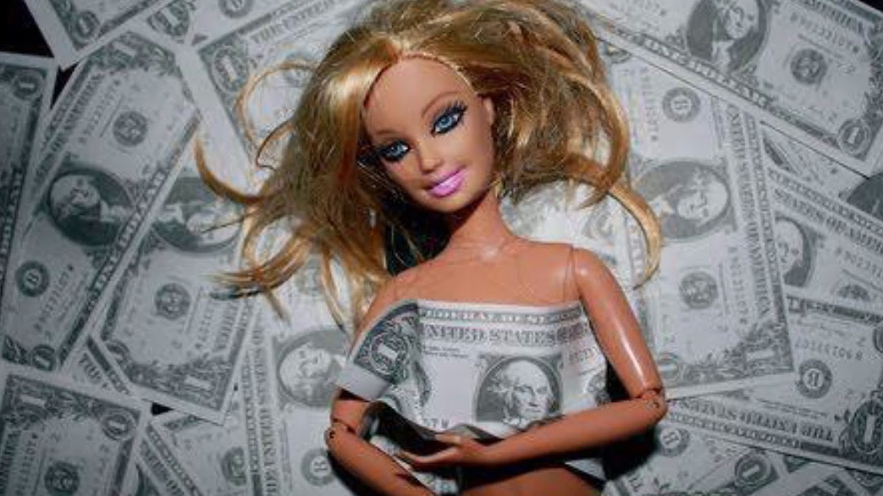 исполнители, картинки мошенничество кукла продажа дач участком