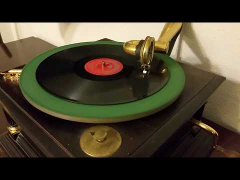 This Boy (The Beatles) 78 Rpm Playing In Victor VI Phonograph
