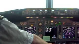 Auto-Land Boeing 737-800