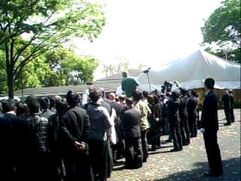 キャンディーズ 田中好子さん葬儀出棺 2011年4月25日