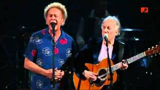 Simon and Garfunkel - Sound Of Silence (Live 2009)