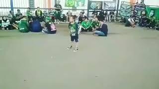 Aksi Anak Kecil Nyanyikan Ole Ole Ole Huh