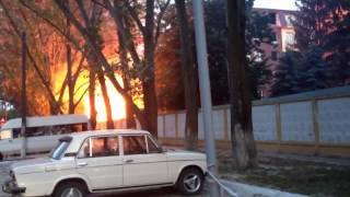 Пожар пограничной части  Одесса(Пожар пограничной части Одесса Еще видео - http://donetskua.com/video/majdan-video., 2014-05-26T21:53:41.000Z)