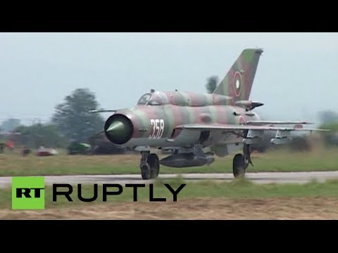 Video: NATO air forces hold joint military drills in Bulgaria