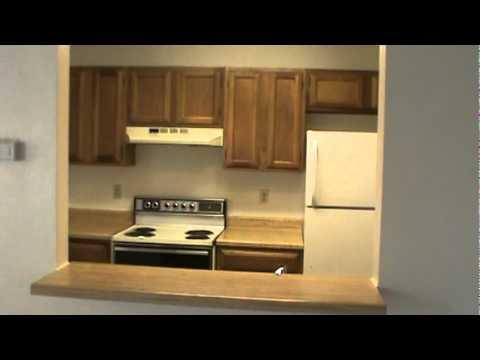 Woodlake duplex homes 7008 elmbank 2 2 1 great floorplan for Watch duplex free online