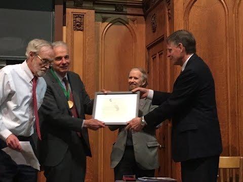 Ralph Nader Accepts Gandhi Peace Award -