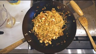 vegan pad thai *hunger warning*