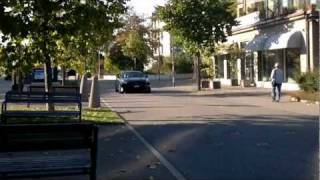 Nissan GT-R very LOUD sound!!! in the city