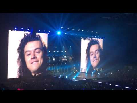 ONE DIRECTION OTRA NEWCASTLE 27/10/15 PERFECT