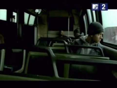 Eminem – Lose Yourself (Official Music Video)