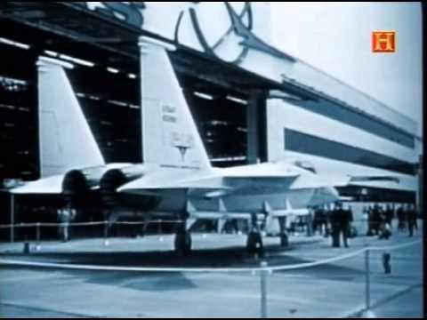 Volando a traves del tiempo (2004)  08 El F-15 eagle