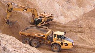 Cat 365C Long Reach Excavator Loading Volvo A40F ADT