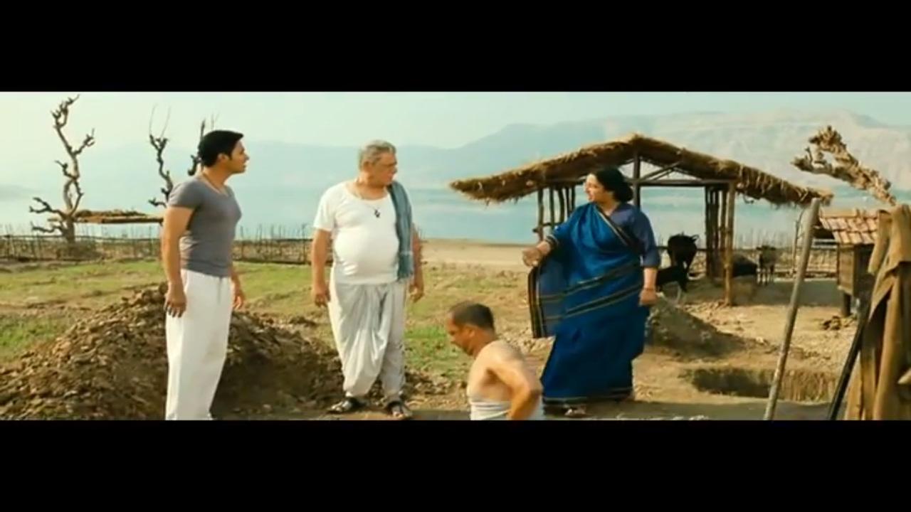 Download Funny scene   Kamaal Dhamaal Malamaal   Part 8   Nana Patekar   Shreyas Talpade   Om Puri