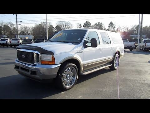 2001 Ford Excursion V10 Limited Start Up, Exhaust, And In Depth Tour