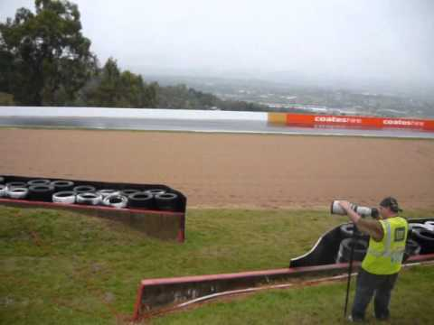Bathurst 12 Hour 2012 Final Race_part 1/4