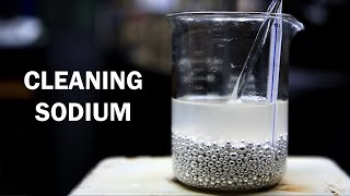 How to Clean Sodium Metal