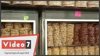 بالفيديو.. حلويات مولد النبى تزين المحلات.. لكن بارتفاع 30% فى السعر
