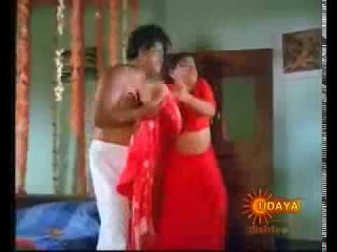 Mallu Aunty Hot Scene With Her neighbour4 thumbnail