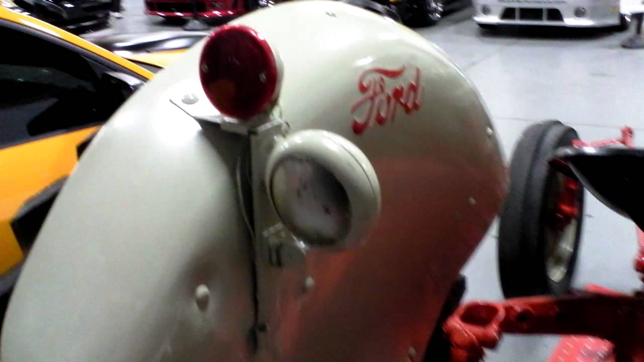 Ford 600 Tractor Start : Jack roush collection ford tractor youtube