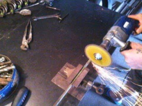 Самодельная насадка на дрель , для резки металла. Своими руками за пять минут.