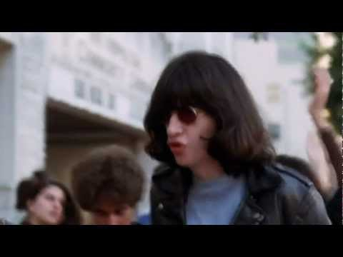 The Ramones - I Just Want To Have Something To Do [HD]