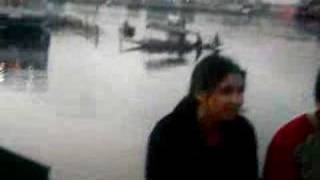 kashmiri girl act on dal lake srinagar