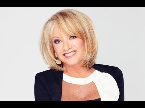 Elaine Paige Exclusive Interview & Life Story - Evita / Cats / Musicals / Broadway / West End