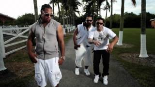 Смотреть клип Rickylindo Ft. Fuego & Romantico - Te Gusta El Sexo