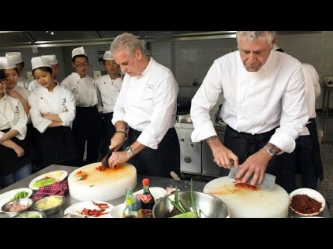 Bourdain and Ripert get schooled in Sichuan cuisine
