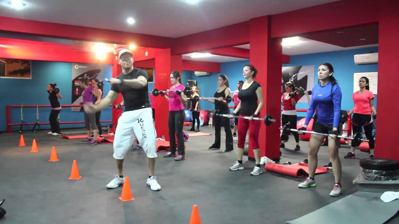 extreme gym harlem shake 1 - YouTube