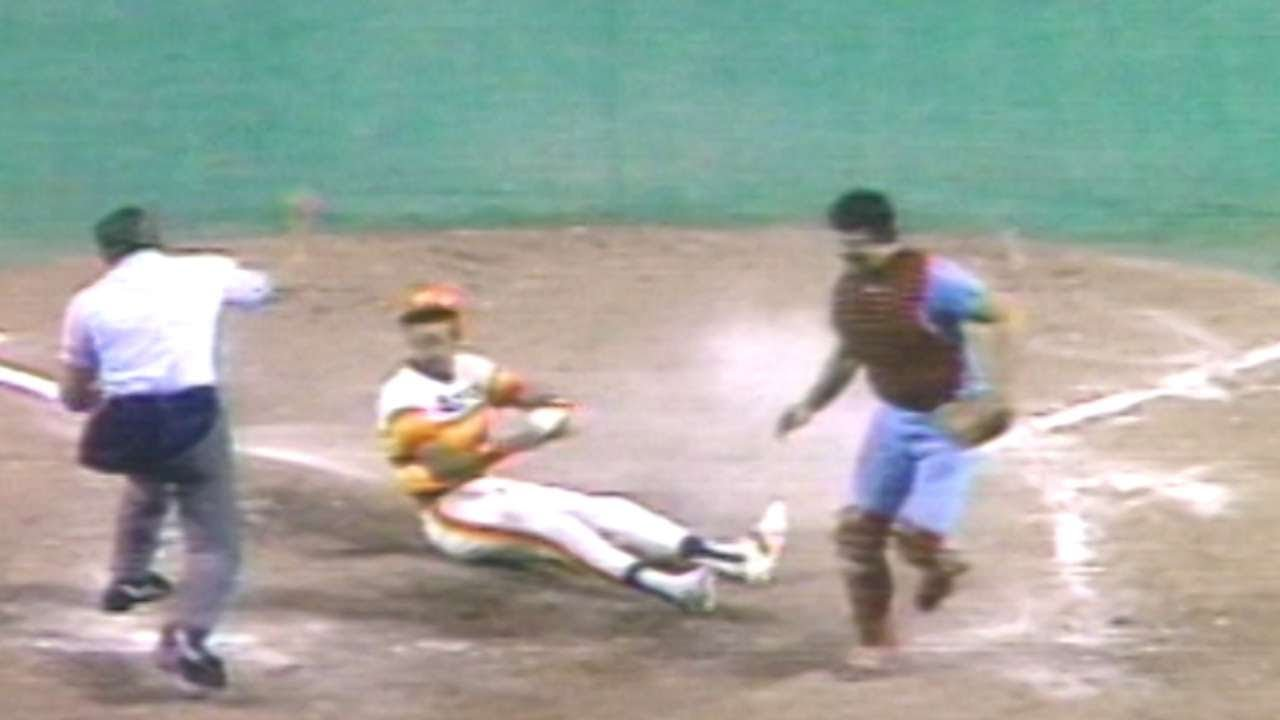 1980 NLCS Gm5 Rose Throws Out Campbell Trying To Score