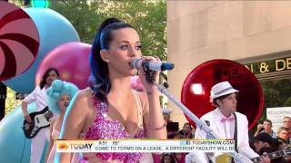 I Kissed A Girl - Katy Perry @ (Today Show  08.27.10) HD [1080p]