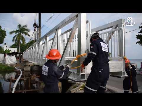Instalación de Puente Peatonal en Atasta, Campeche.