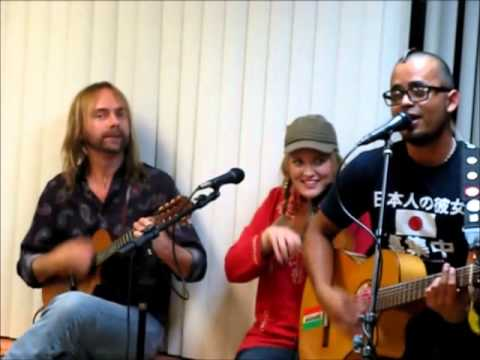 Michelle Bailey performs with Danny Salazar