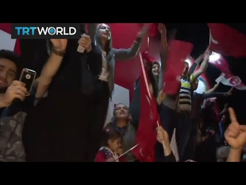 """Hundreds celebrate """"yes"""" victory in Istanbul"""