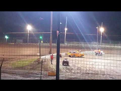 Sycamore  speedway pure stock 9-9-17