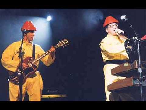 Devo- Live In Universal City, CA 1999/01/21