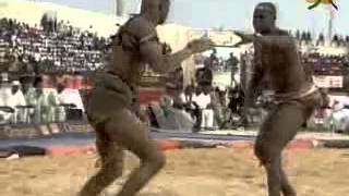 Bour Sine Vs Niass Niass - Combat de Lutte - 15 Juillet 2012