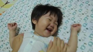 아기 웃는 동영상