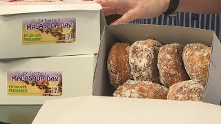Living808 - Malasadas Arrive At 7-eleven