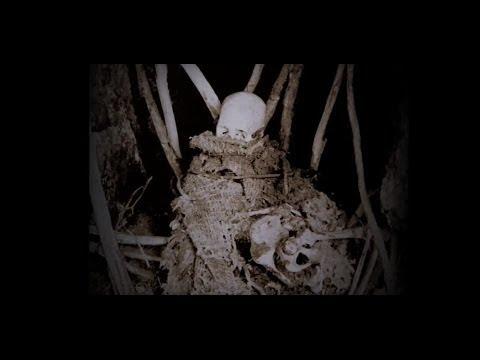 NIUE, ancient Polynesian burial cave (WARNING: images of human bones, Pacific Ocean)