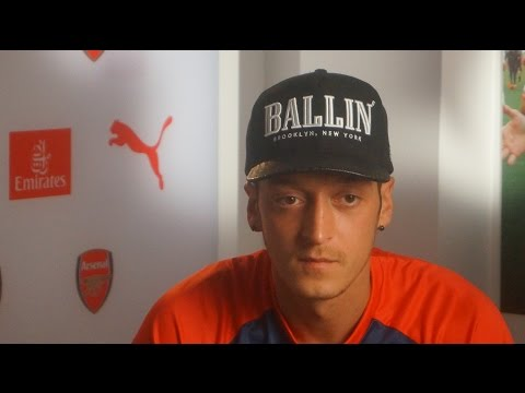 Mesut Özil: Winner of the German Football Ambassador Public Award