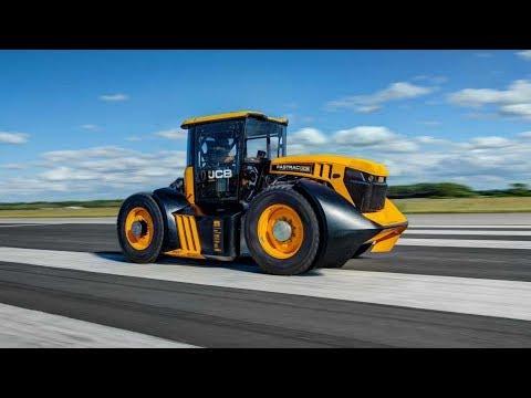 219 км/ч. Самый быстрый в мире доработанный трактор JCB FASTRAC.