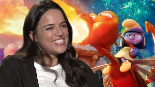 Michelle Rodriguez Cambia Los Autos Por Un Mundo Orgánico en Smurfs: A Los Village
